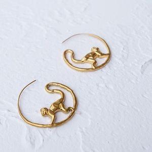 tory burch monkey circle earring hoop